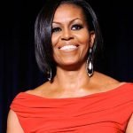 Voluminoso caschetto per Michelle Obama
